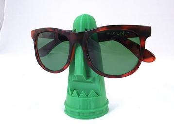 Tiki Sunglass Holder
