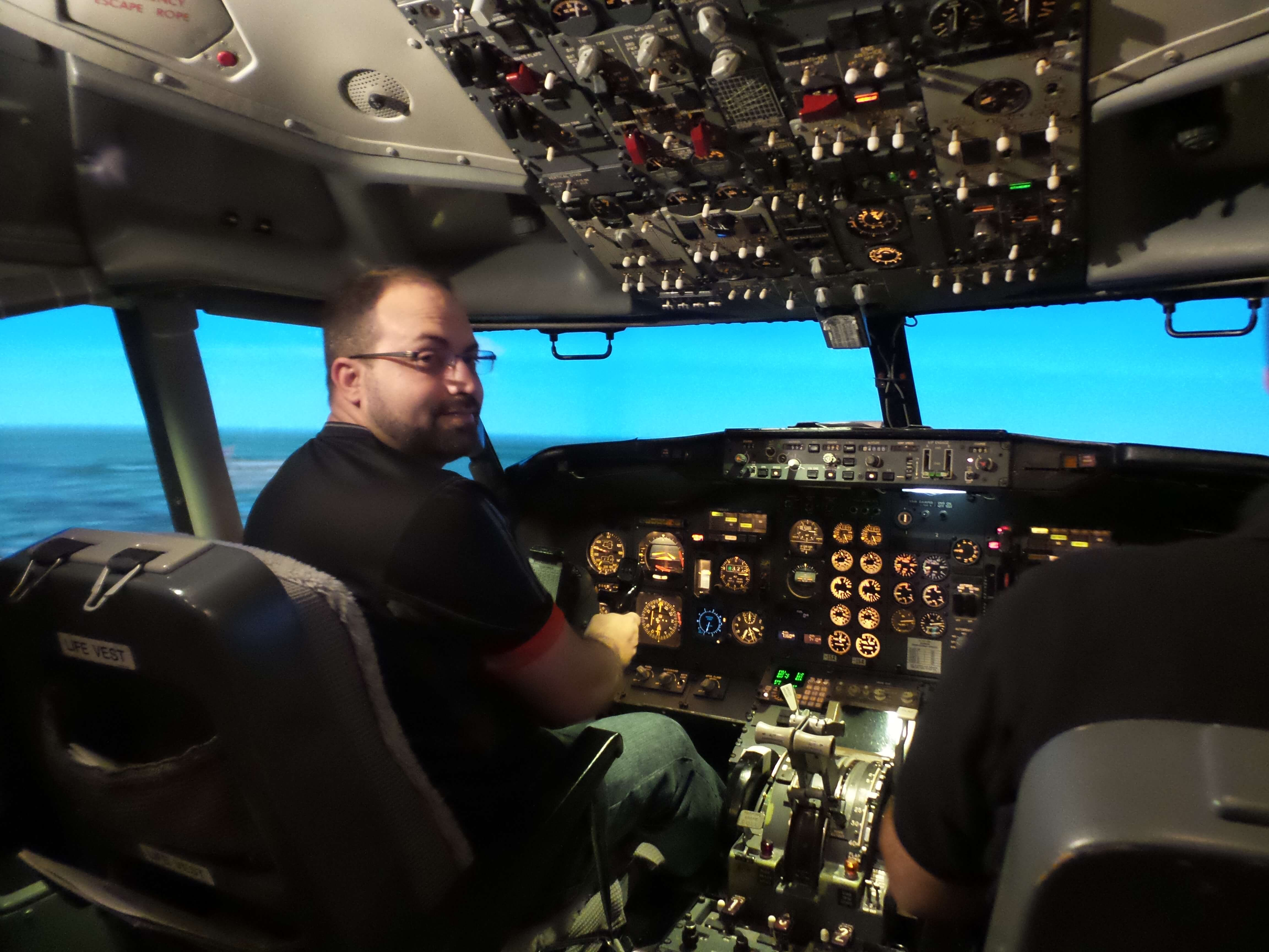 Making a Home Flight Simulator in 1600 hours