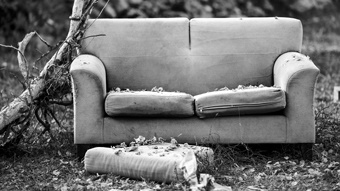3D Printing Turns the Corner with Ambidextrous Sofa