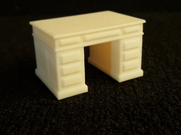 1/24 - 1/25 Scale Dollhouses Furniture Desk